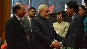 Suhas Gopinath Narendra Modi ke sath